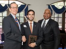 Dr. Juan Hincapie-Castillo selected for UF Graduate Student Teaching Award